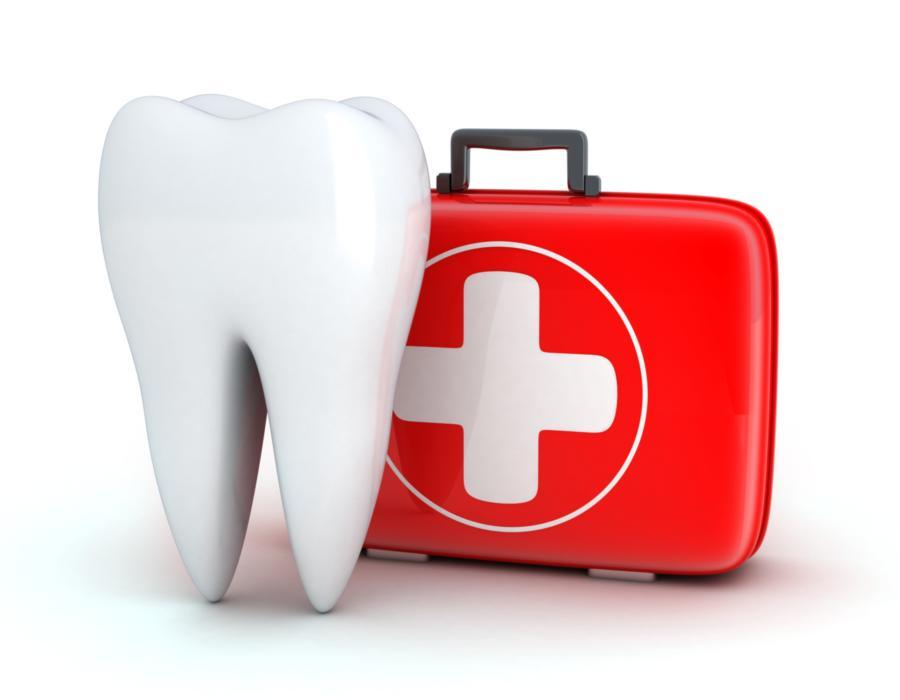 tooth with emergency case | emergency dental services flowery branch ga